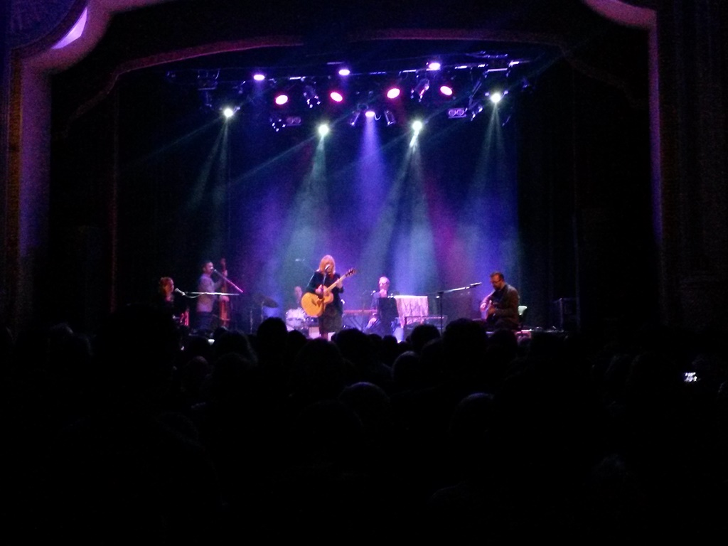 Cover di 18/10/2015 Live at Islington Assembly Hall, London